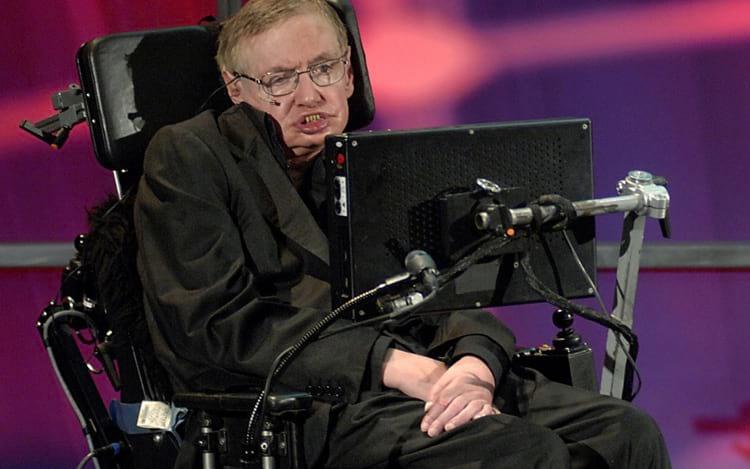 Stephen Hawking enfrentou durante 55 anos uma doença degenerativa