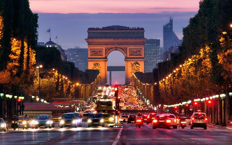 França processa Google e Apple por cometer práticas comerciais abusivas