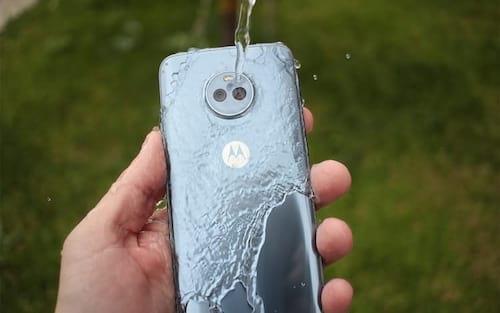 Os 10 smartphones do mercado que são impermeáveis