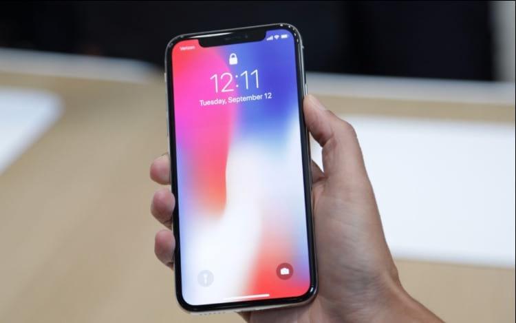 Notch do iPhone X deverá virar tendência em novos smartphones.