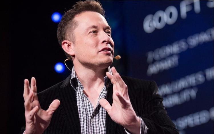 Elon Musk passará a vender LEGo gigante de terra.