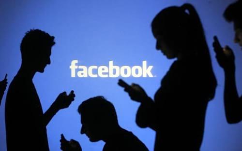 Após coleta indevida de dados, usuários processam Facebook
