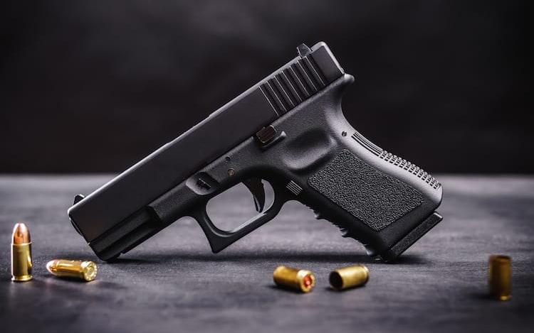 Live no Instagram com arma termina em disparo fatal