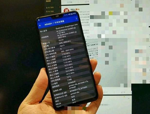 A imagem vazada mostra o que deve ser a parte da frente do OnePlus 6.