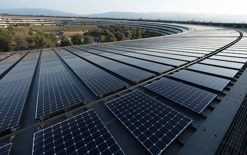 Apple tem 100% de suas operações movidas por fontes de energia renováveis