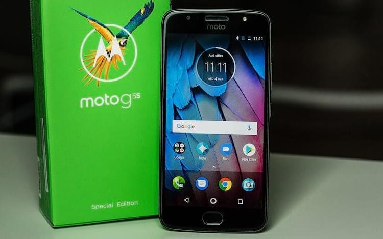 Antes do lan&ccedil;amento do Moto G6, Motorola baixa pre&ccedil;o do Moto G5S na &Iacute;ndia. Ainda n&atilde;o sabemos se no <a onclick=&quot;_gaq.push(['_trackEvent', 'link_tag', 'pfr22478', 'tagto_brasil']);&quot; href='https://www.oficinadanet.com.br/brasil'>Brasil</a> ir&aacute; ocorrer o mesmo.