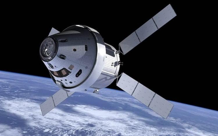 NASA irá lançar primeira nave feita a partir de impressão 3D. Outras empresas também estão investindo na novidade, como é o caso da Ford, que pretende acelerar a produção de peças           para os automóveis.
