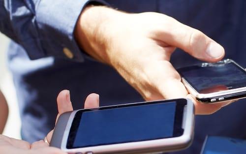 Brasil já possui mais smartphones que habitantes, diz estudo