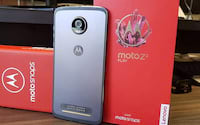 Moto Z2 Play começa a receber Android Oreo no Brasil
