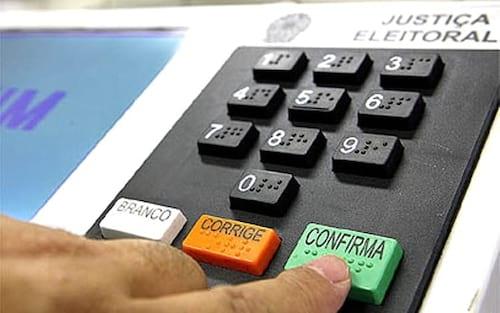 Impressoras das urnas eletrônicas podem não chegar no tempo previsto para eleições desse ano