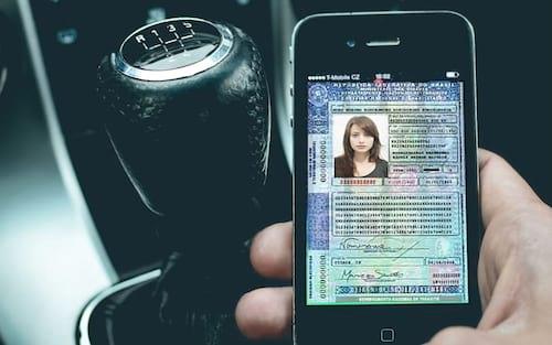CNH digital é disponibilizada gratuitamente na maioria dos estados