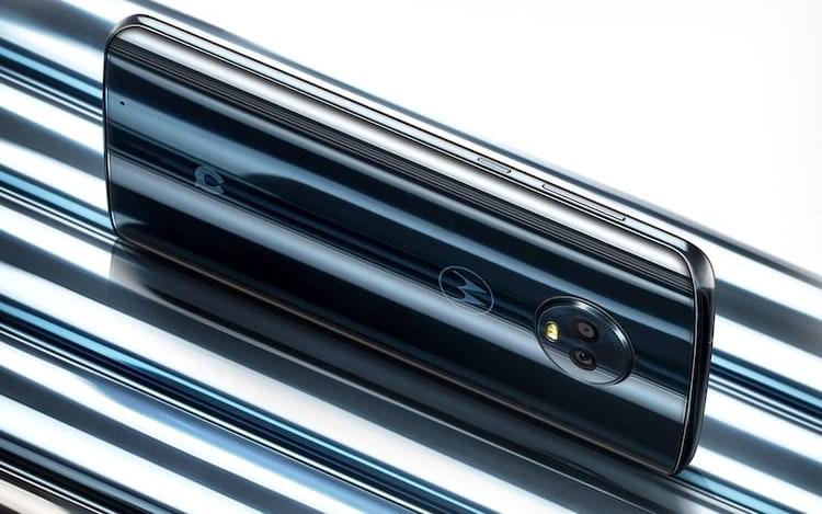 Motorola anuncia Moto 1S na China como Moto G6. Por lá, o aparelho chega mais potente se comparado com o modelo disponibilizado no Brasil. Ele será vendido nas cores Blue e Gold.