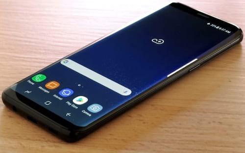 Galaxy Note 9: vazamentos mostram tela infinita sem notch e 512 GB de armazenamento
