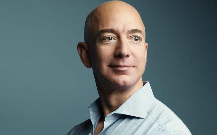 Jeff Bezos pretende formar indústria pesada fora da Terra.