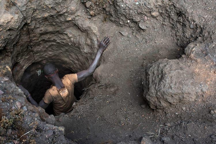 A comunidade internacional denuncia as condições de trabalho das minas congolesas