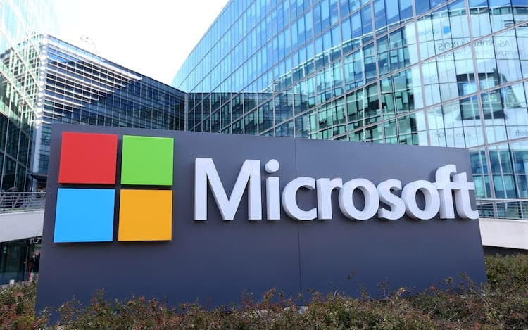 Microsoft pode atingir a marca de US$ 1 trilhão, segundo a Forbes.