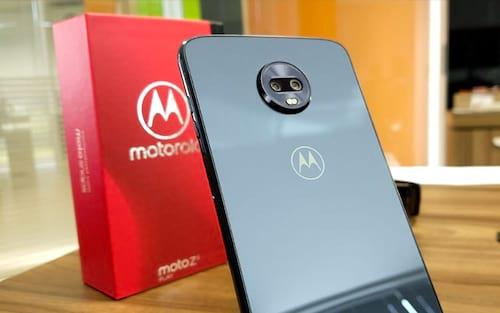 Variante do Moto Z3 Play com 6 GB de memória chega ao Brasil