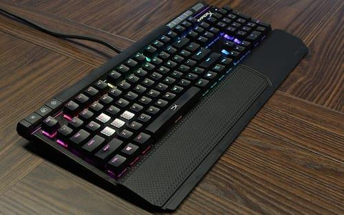 Review Hyperx Alloy Elite, um teclado lindo, mas...