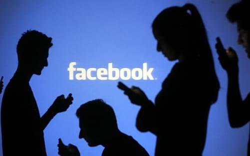 Redes sociais utilizam a chamada cocaína do comportamento para viciar usuários