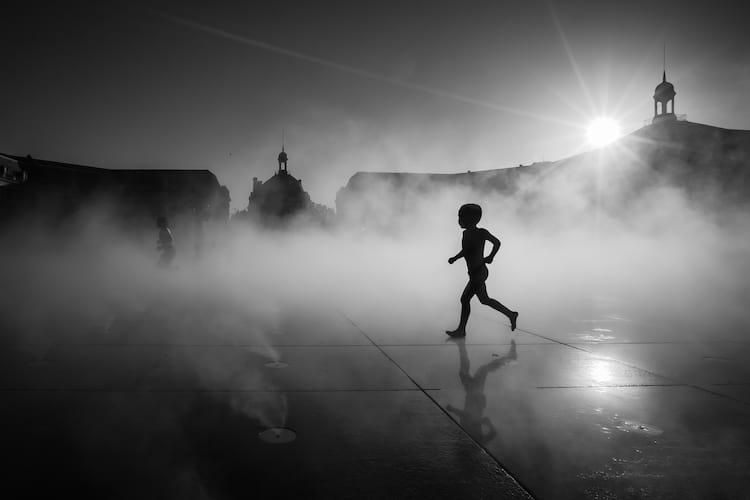 Contraste em foto preto e branco