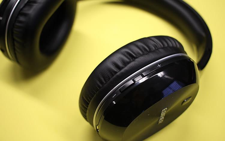 Edifier W806BT - Botões