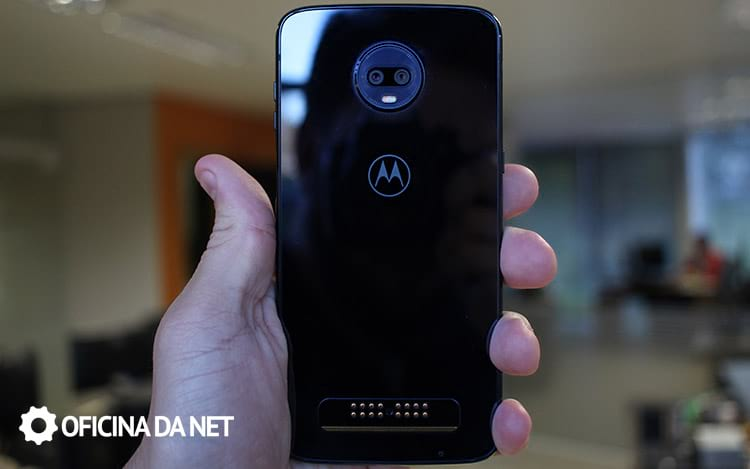 Moto Z3 Play - traseira do smartphone