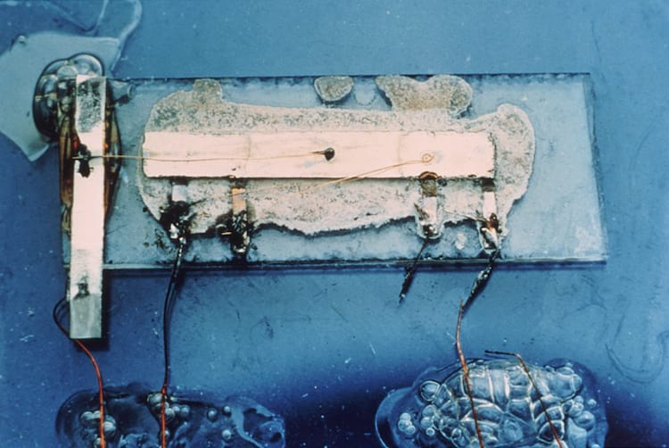 The first - and still rather rudimentary - integrated circuit presented in 1958 at Texas Instruments