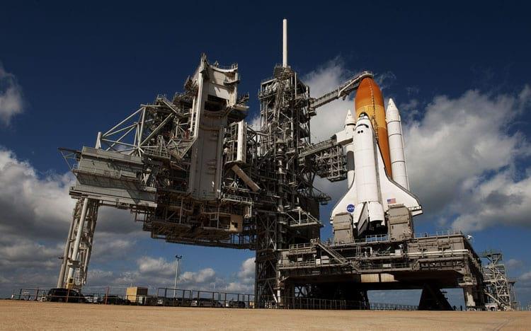 Cada lançamento em um ônibus espacial podia custar à NASA mais de 1.5 bilhão de dólares