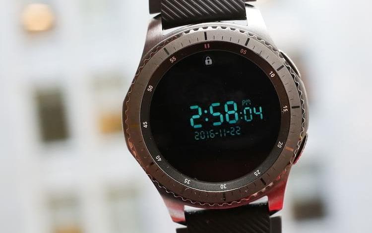 De acordo com o SamMobile, o Galaxy Watch será lançado com Tizen OS 4, o sistema operacional próprio da Samsung.
