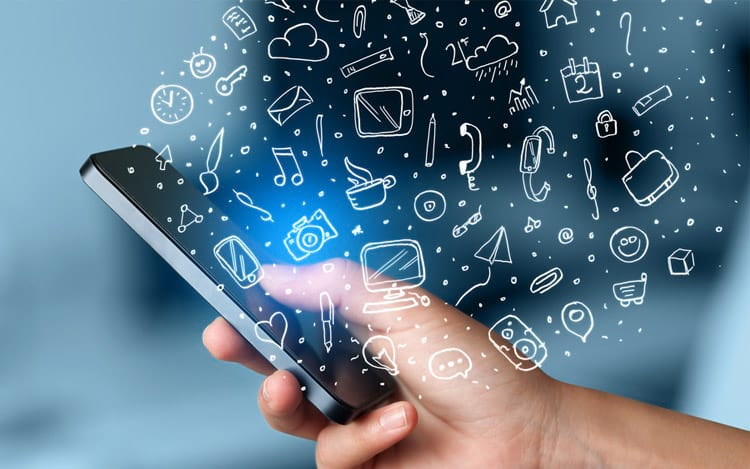 O celular é o dispositivo para acesso individual à internet mais utilizado