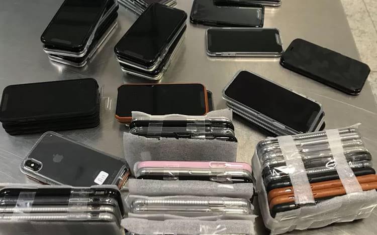 Passageiro desembarca no Brasil trazendo 246 iPhones