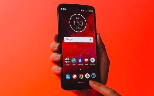 Motorola apresenta Moto Z3 com suporte a 5G