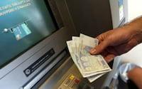 FBI alerta sobre golpes aplicados em caixas eletrônicos de bancos do mundo todo