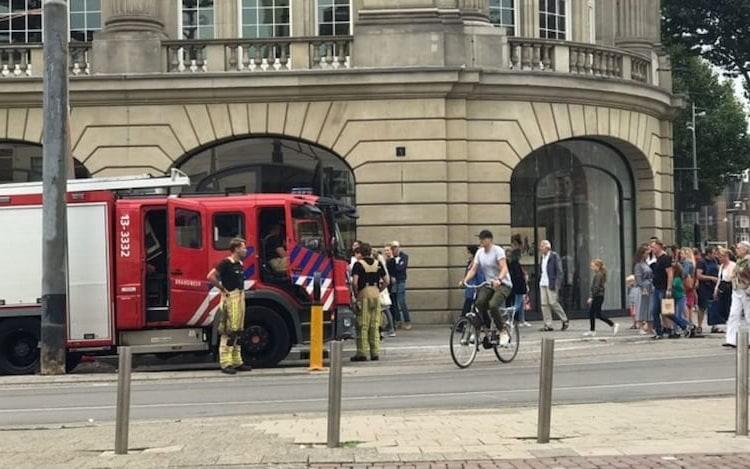 Explosão de iPad faz Apple evacuar loja em Amsterdã.