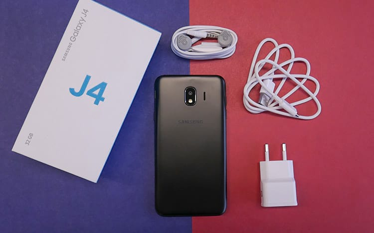 Unboxing Samsung Galaxy J4