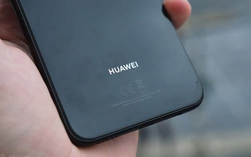 Suposto Huawei Mate 20 Pro é fotografado na IFA 2018