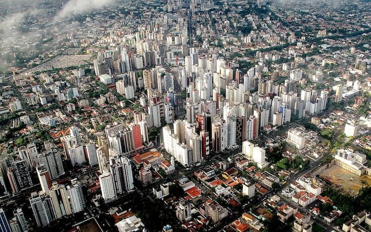 Curitiba é a cidade brasileira mais inteligente e conectada.