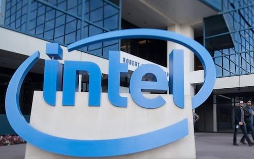 Intel solicita ajuda para fabricar processadores