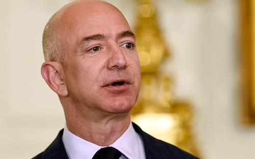 Criador da Amazon anuncia fundo para ajudar famílias necessitadas