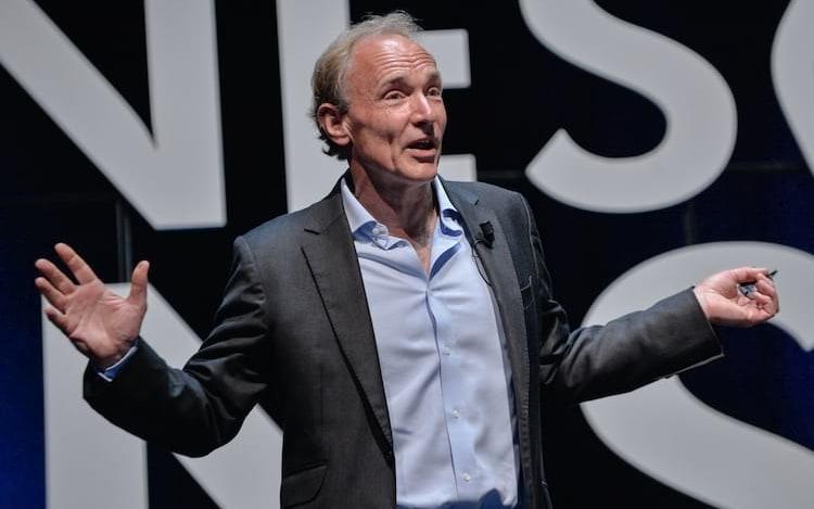 Sir Tim Berners-Lee quer devolver controle de dados para os usuários da internet.