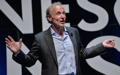 Sir Tim Berners-Lee quer devolver controle de dados para os usuários da internet