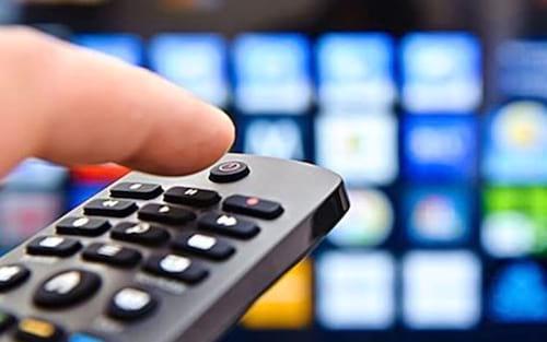 TV por assinatura perde 536 mil clientes em um ano