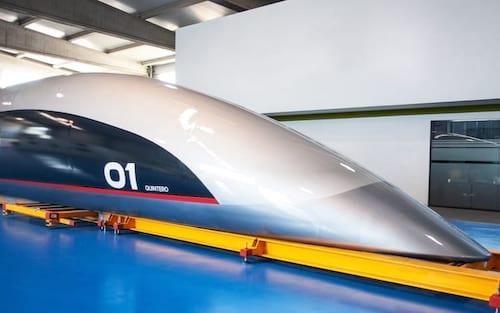 HyperloopTT apresenta sua primeira capsula em escala real