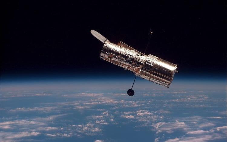 Telescópio Espacial Hubble está offline após falha de componente