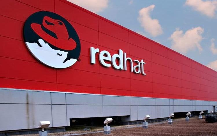 IBM anuncia a aquisição da Red Hat por US$ 34 bilhões.
