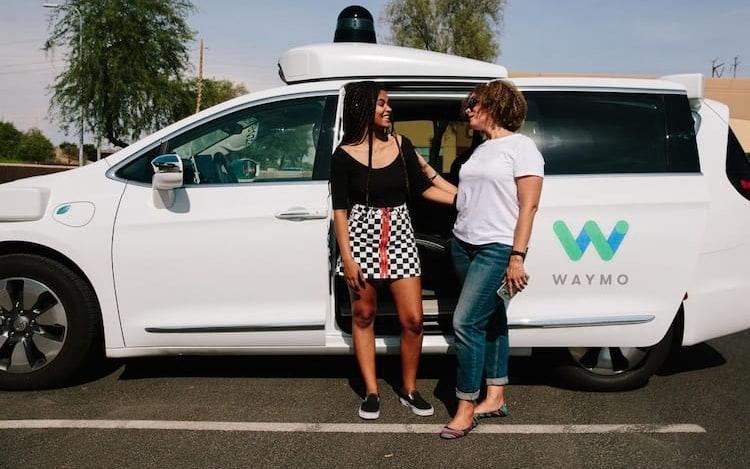 Waymo começará a oferecer serviço de carro sem motorista no próximo mês.