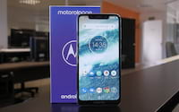 Review Motorola One - Bonito por fora, mas por dentro...