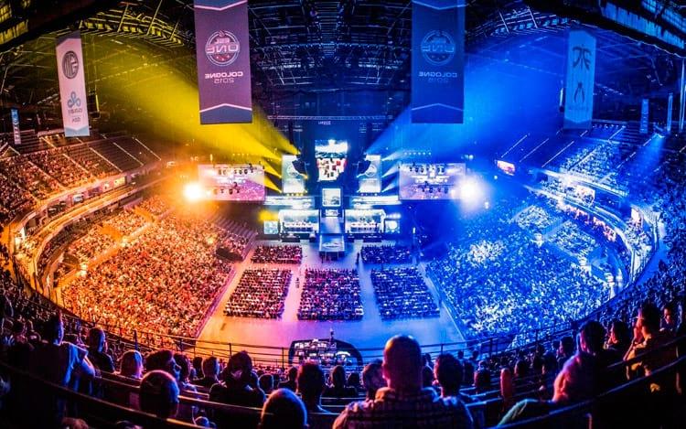 Estádios lotados para assistir aos jogos
