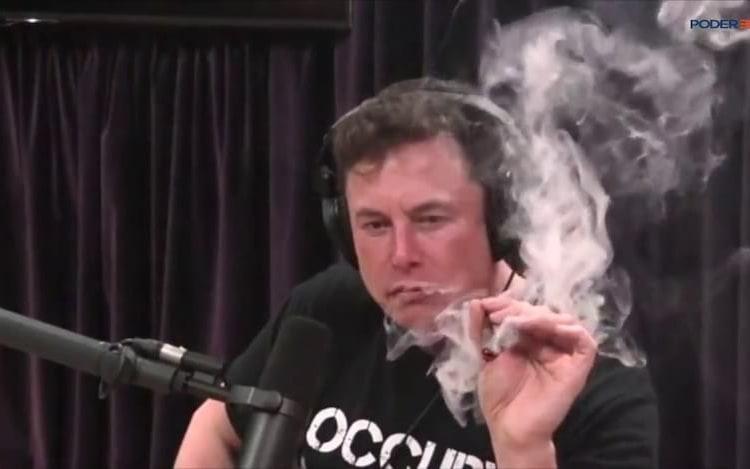 NASA deve avaliar segurança no local de trabalho da SpaceX e Boing porque Elon Musk fumava maconha.