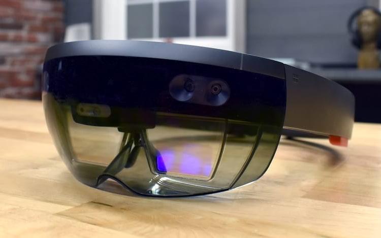 Microsoft firma contrato do HoloLens com Exército dos EUA.
